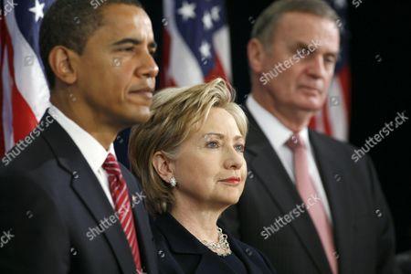 President-elect Barack Obama, Senator Hillary Clinton for Secretary of State, and retired Marine General James L. Jones, right, as National Security Advisor