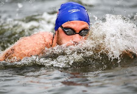 Britan's Daniel Fogg is on His Way to Win the Men's 5km Open Water Final During the 32nd Len European Swimming Championships 2014 at the Gruenau Course in Berlin Germany 13 August 2014 Germany Berlin