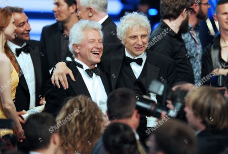 German Actors Udo Wachtveitl (r) and Miroslav Nemec Pose For the Media During the Bavarian Television Awards in Munich Germany 04 May 2012 the Bavarian Tv Award in the Form of a Panther Figure is Awarded Since 1989 Germany München