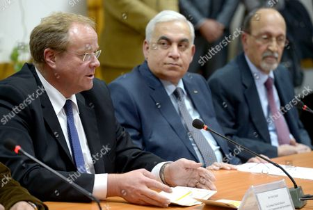 German Minister of Economic Cooperation and Development Dirk Niebel (l) Sits Together with Palestinian Planning Minister Abu Ramadan (c) and Finance Minister Nabil Qassis in Ramallah West Bank 08 December 2012 Niebel is Visiting Israel and the Palestinian Territories From 07 to 09 December 2012 - Ramallah