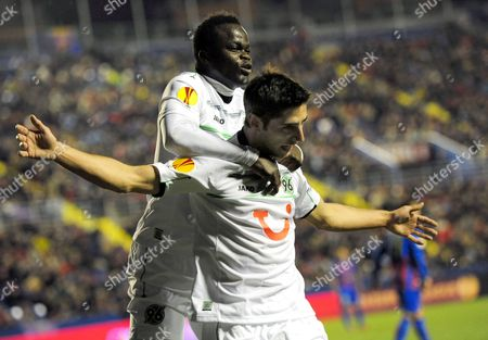 Hanover's Lars Stindl (r) Celebrates with His Teammate Didier Ya Konan (l) After Scoring the Opening Goal During the Uefa Europa League Group L Soccer Match Against Levante Ud at Ciutat De Valencia Stadium in Valencia Eastern Spain 06 December 2012 Spain Valencia
