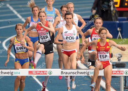 Charlotta Fougberg (l-r Front) of Sweden Antje Moeldner-schmidt of Germany Katarzyna Kowalska of Poland and Diana Martin of Spain in Action During the 3000m Steeplechase at the European Athletics Team Championships at Eintracht Stadion in Braunschweig Germany 21 June 2014 Germany Braunschweig
