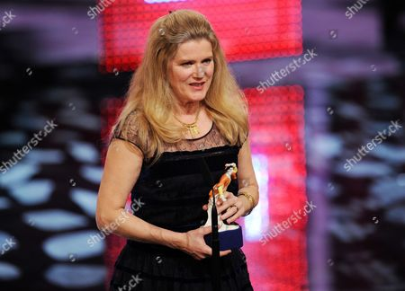 German Actress Barbara Sukowa Acknowledges Her 'Best Actress' Award During the Bavarian Film Awards Ceremony at the Prince Regent's Theatre in Munich Germany 18 January 2013 Sukowa was Awarded For Her Performance in the Movie 'Hannah Arendt' Germany Munch