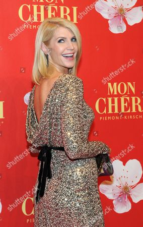 Ronan Keating's Ex-wife Irish Model Yvonne Keating Arrives For a Charity Gala on the Occasion of the 'Barbara Day' Organized by a German Sweets Manufacturer in the Postpalast in Munich Germany 04 December 2013 Germany Munich