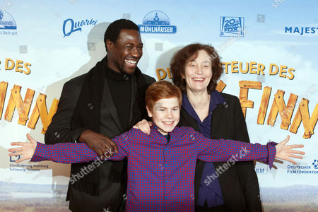From (l-r): Burkina Faso-born French Film Actor Jacky Ido Leon Seidel and German Director Hermine Huntgeburth Arrive For the German Premiere of the Movie Film 'Adventures of Huck Finn' in Berlin Germany 16 December 2012 the Movie Will Be Premiere in German Theatres on 20 December 2012 Germany Berlin
