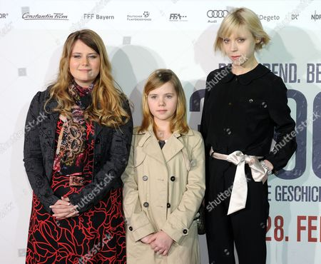 Austrian Natascha Kampusch (l-r) British Actress Amelia Pidgeon and Irish Actress Antonia Campbell-hughes Arrive For the Premiere of '3096 Days' (3096 Tage) at the Mathaeser Filmpalast in Munich Germany 26 February 2013 the Movie Based on the Life of Kampusch Opens in German Theaters on 28 February Kampusch was Kidnapped at the Age of Ten and Held in a Cellar For Over Eight Years Germany Munich