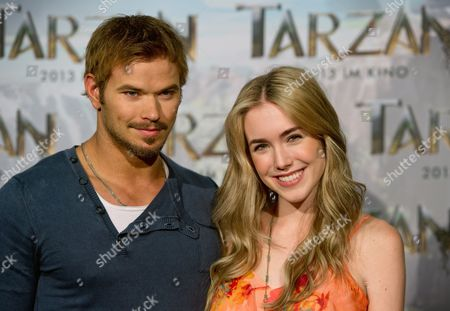 Us Actress Spencer Locke (r) and Us Actor Kellan Lutz (l) Pose During a Photocall For the Movie 'Tarzan' at Bavaria Film Studios in Munich Germany 05 June 2012 Constantin Film Produktion is Breathing New Life Into Tarzan Exactly 100 Years After Its Creation Germany Munich