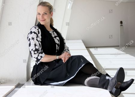 A Picture Made Available on 29 May 2014 Shows Latvian Mezzo Soprano Elina Garanca Posing For the Photographer at the Berliner Philharmonie Concert Hall in Berlin Germany 12 May 2014 After a Year of Parental Leave Following the Birth of Her Second Child (a Girl Named Sofie) Elina Garanca 37) is Back Onstage in Autumn 2014 She Will Be on Tour at the Same Time Her New Album 'Meditation' is Due to Be Published Germany Berlin