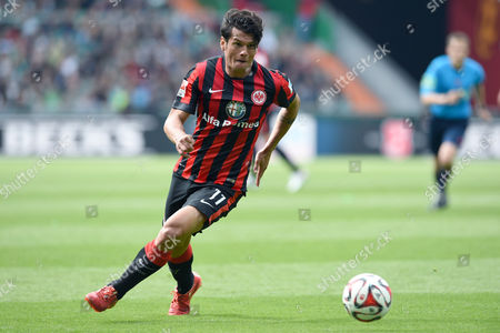 Frankfurt's Nelson Valdez in Action During the German Bundesliga Soccer Match Between Werder Bremen and Eintracht Frankfurt in the Weser Stadium in Bremen ágermany 02 May 2015 (embargoáconditions - Attention - Due to the Accreditation Guidelines the Dfláonly Permits the Publication and Utilisation of Up to 15 Pictures Per Match on the Internet and in Online Media During the Match) Germany Bremen
