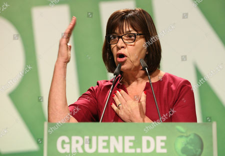 Rebecca Harms Co-chair of the Greens/european Free Alliance in the European Parliament Speaks at the Federal Party Conference For Alliance '90/the Greens Ináhamburg Germany 23 November 2014 the Three-day Conference Focuses on the Party's Goal of Involvement in State Government and - From 2017 - in Germany's Federal Government Germany Hamburg