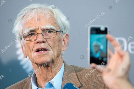 German Politician and Lawyer Hans-christian Stroebele Delivers a Statement Before the Public Meeting of the Nsaáinvestigative Committee in Berlin ágermany 11 June 2015 Germany Berlin