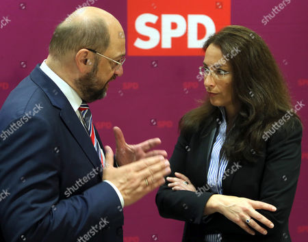Eu Parliament President Martin Schulz (l) and Spd Secretary General Yasmin Fahimi Talk at the Beginning of the Spd Board Meeting at the Party Headquarters of the German Social Democrats (spd) in Berlin Germany 20 September 2014 the Spd was to Hold a Party Convention with 200 Some Delegates After the Board Meeting Germany Berlin