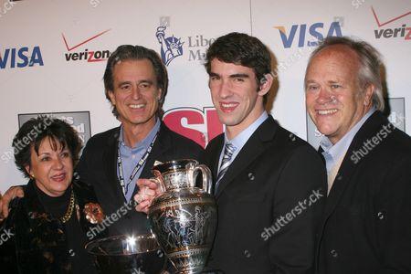 Debbie Phelps, Bobby Shriver, Michael Phelps, Dick Ebersol
