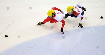 Charles Hamelin of Canada (l) and Victor an of Russia in Action During the Shorttrack World Cup at the Energieverbund Arena in Dresden Germany 07 February 2015 Germany Dresden