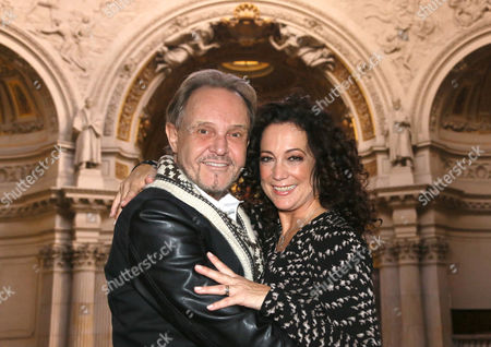 German Actors Barbara Wussow (r) and Georg Preusse (l) Pose During the Presentation of the Cast of 'Jedermann' (everyman) in the Cathedral Ináberlin ágermany 23 September 2014 Preusse is Playing Jedermann and Wussow Will Perform in the Role of Buhlschaft in the Play 'Jedermann' by Austrian Dramatist Hugo Von Hofmannstal (1874-1929) Which Will Run From 16 to 26 October in the Cathedral Germany Berlin