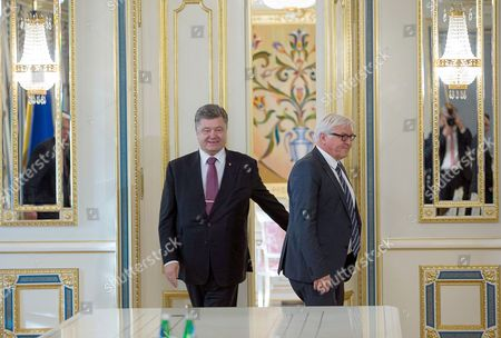 German Foreign Minister Frank-walter Steinmeier (r) Meets with Ukranian President Petro Poroschenko in Kiev Ukraine 29 May 2015 Russia Provoked the Violent Conflict in Eastern Ukraine Through a 'Course of Confrontation' German Foreign Minister Frank-walter Steinmeier was Reported As Saying in Kiev Ukraine Kiev