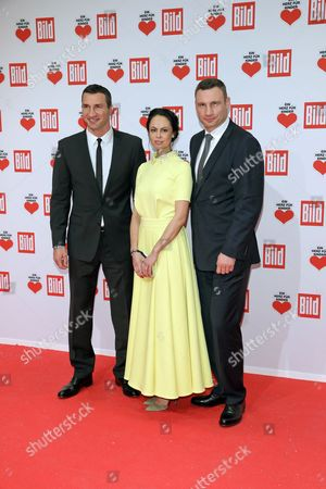 Wladimir (l) Vitali (r) and Natalia Klitschko Arrive For the Charity Gala 'Ein Herz F³r Kinder' (a Heart For Children) in Berlin Germany 03 December 2016 German Television Channel Zdf and Newspaper 'Bild' Collected Donations For Children's Charity Organizations in Germany and the Whole World Germany Berlin