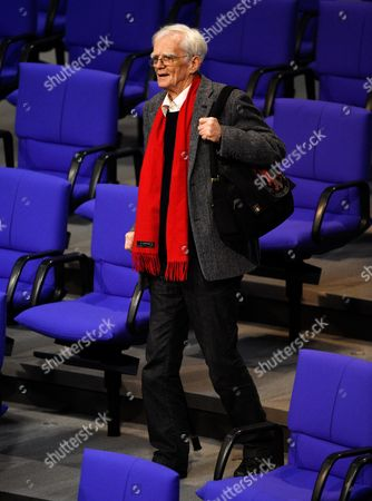 Hans-christian Stroebele Member of Parliament For the Party Alliance 90/the Greens and Member of the Nsa Commission of Inquiry Arrives at the Plenary Hall of the German Bundestag For a Questioning Session in Berlin Germany 14 December 2016 Germany Berlin