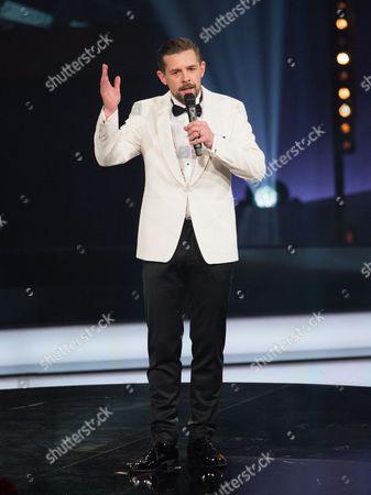 Host Klaas Heufer-umlauf Speaks on Stage During the 1live Krone Awards Ceremony at the Jahrhunderthalle in Bochum Germany 01 December 2016 Germany Bochum