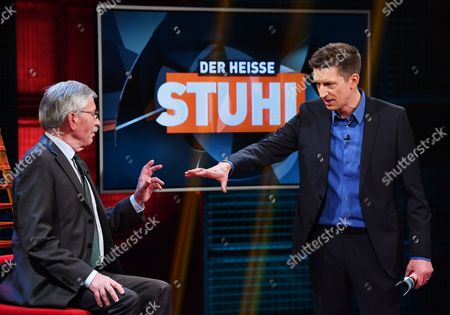 Former Politician and Author Thilo Sarrazin (l) is Interviewed by Television Host Steffen Hallaschka (r) on the Rtl Talk Show 'Der Heiße Stuhl' (lit the Hot Seat' in Berlin Germany 12 December 2016 Germany Berlin
