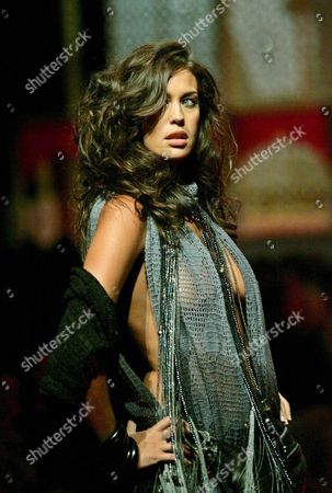 Editorial photo of Austarlia Fashion David Jones - Feb 2005