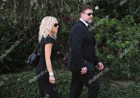 New Zealand Actor Film Producer and Musician Russell Crowe and Australian Actress and a Singer/songwriter Danielle Spencer Arrive at the Funeral Service For the Father of Nicole and Antonia Kidman Antony Kidman at St Francis Xavier in Sydney Australia 19 September 2014 Antony Kidman Father of Nicole Kidman Died in Singapore on 12 September 2014 After He was Injured in a Fall in His Hotel Room Australia Sydney