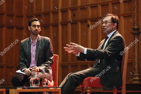 Australian Journalist Waleed Aly and Malaysian Opposition Leader Anwar Abrahim (r) Speak at the Adelaide Festival of Ideas in Adelaide Australia 19 October 2013 the Festival Runs Until 20 October Australia Adelaide