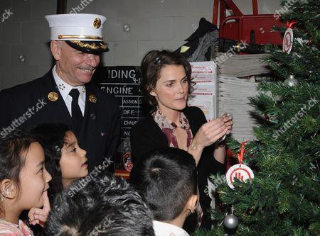 Chief Salvatore Cassano and  Keri Russell