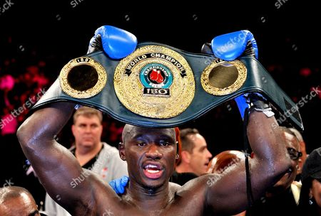 Us Antonio Tarver Celebrates His Victory Over Danny Green of Australia to Become the New Ibo Cruiserweight Champion in Sydney Australia on Wednesday July 20 2011 Australia Sydney