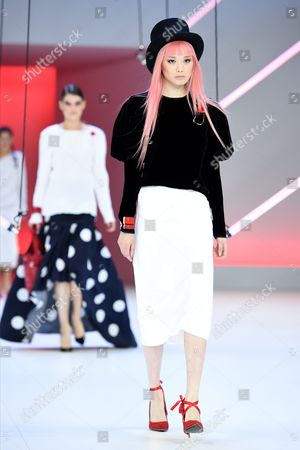 Australian Model Fernanda Ly Presents a Creation by Georgia Alice During the Media Dress Rehearsal For the Myer Spring 16 Fashion Launch in Sydney Australia 23 August 2016 Australia Sydney