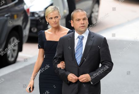 Lachlan and Sarah (l) Murdoch Make Their Way to the Melbourne Press Club where Australian Journalist Sir Keith Murdoch (1885 1952) Will Be Inducted Into the Victorian Media Hall of Fame Australia 06 December 2012 on 05 December Dame Elizabeth Murdoch Wife of the Late Sir Keith Died at Her Home Aged 103 Australia Melbourne