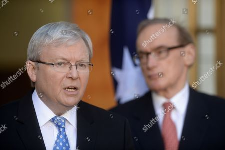 Australian Prime Minister Kevin Rudd (l) and Foreign Minister Bob Carr Speak Talk to the Media During a Press Conference at Parliament House in Canberra Australia 24 August 2013 Rudd Addressed the Unfolding Situation in Syria Australia Canberra