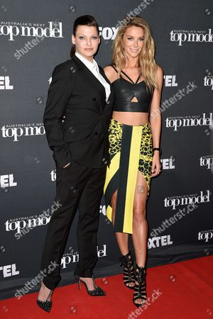 Canadian Model Linda Evangelista (l) Along with Australian Model Jennifer Hawkins (r) Arrives at a Photocall For Australia's Next Top Model in Sydney Australia 29 October 2014 Evangelista is in Australia to Appear As a Guest Judge on Australia's Next Top Model Australia Sydney