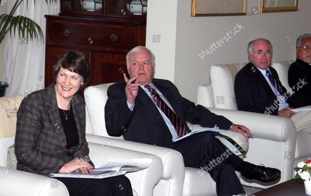New Zealand Prime Minister Helen Clark (left) General Secretary Greg Irwin Australian Prime Minister John Howard and Premier of Nuie Young Vivian As Leaders From the Pacific Region Met at the Pacific Islands Forum in Auckland on Tuesday 06 April 2004 the Meeting was Called by Forum Chairwoman New Zealand Prime Minister Helen Clark to Discuss a Report on Forum Reform Commissioned Last August New Zealand Auckland