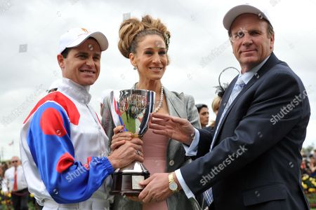 Stock Image of From L-r Jockey Danny Nikolic Us Actresssarah Jessica Parker and Trainer Robert Smerdon Pose For Photos After Mosheen Won the Oaks at Flemington Racecourse in Melbourne Australia 03 November 2011 Oaks Day is the Traditional Ladies Day of the Melbourne Cup Carnival Australia Melbourne