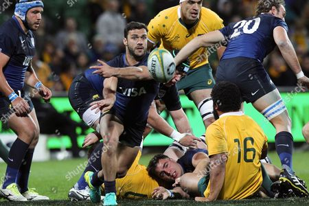 Martin Landau of the Pumas Makes a Pass During the Rugby Championship Match Between the Australian Wallabies and the Argentina Pumas at Nib Stadium in Perth Australia 17 September 2016 Australia Perth
