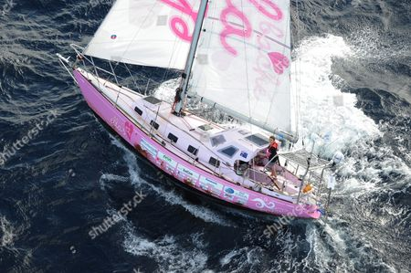Teen Sailor Jessica Watson Sails Into Sydney Harbour Aboard Her Yacht Ella's Pink Lady Australia 15 May 2010 Watson 16 Became the Youngest Person to Sail Solo Unassisted and Non-stop Around the World After Crossing 23 000 Nautical Miles (about 38 000km) in 210 Days Australia Sydney