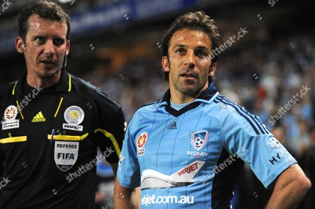Sydney Fc's Alessandro Del Piero Argues with Referee Peter Green During Their Round 8 A-league Match Against Adelaide United at Allianz Stadium in Sydney Australia 23 November 2012 Australia Sydney