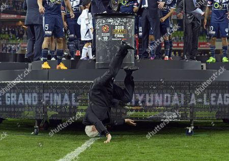 Frank Lowy Chairman of the Football Federation Australia (ffa) Falls of the Stage During the Awarding Ceremony After the Australian A-league Grand Final Soccer Match Between Melbourne Victory and Sydney Fc at Aami Park in Melbourne Australia 17 May 2015 Australia Melbourne