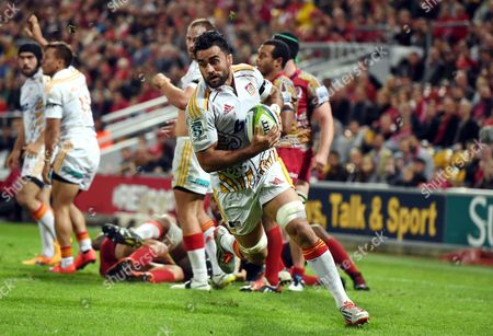 Liam Messam of the Waikato Chiefs Runs Over the Try Line Before Scoring a Try During Their Round 17 Game Against the Queensland Reds at Suncorp Stadium in Brisbane Australia 06 June 2015 Australia Brisbane