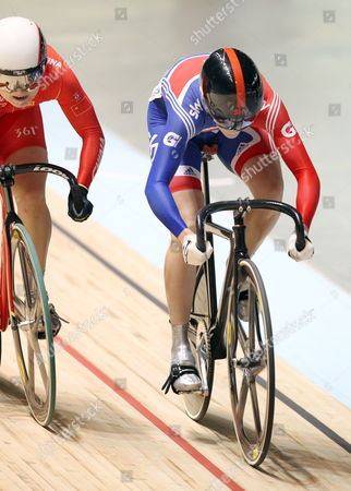 Victoria Pendleton of Great Britain (r) Takes on Lin Junhong of China in the 1/8 Women's Sprint at the Uci Track Cycling World Championships Held in Melbourne Australia 05 April 2012 Australia Melbourne