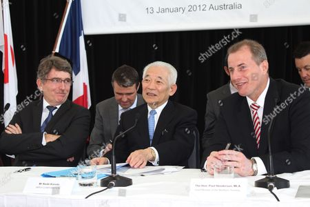 Asia Pacific Vice President of Production For French Energy Company Total Jean-marie Guillermou (l) Chairman of Japanese Energy Company Inpex Naoki Kuroda (c) and Northern Territory Chief Minister Paul Henderson at a Media Conference to Announce the Final Approval of the 32 Billion Us Dollar Ichthys Gas Project Darwin Australia 13 January 2012 the Project by Joint Venture Partners Inpex and French Company Total Will Result in Natural Gas From the Ichthys Gas Field Being Pumped 889km to Darwin For Processing Into Liquefied Natural Gas (lng) Australia Darwin