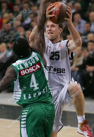 Ty Lawson (l) of Zalgiris and Anton Gavel of Brose Basket in Action During the Euroleague Basketball Match Between Zalgiris and Brose Basket in Kaunas Lithuania 10 November 2011 Lithuania Kaunas