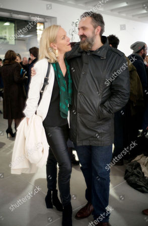 Elisabeth Murdoch and Keith Tyson