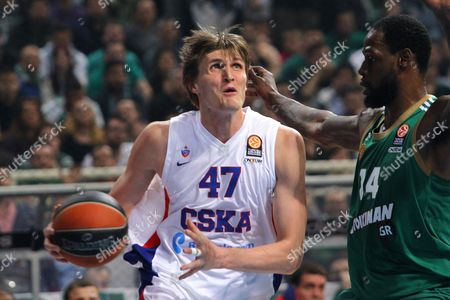 Andrei Kirilenko (l) of Cska Moskow and James Gist (r) of Panathinaikos Athens in Action During the Basketball Euroleague Playoffs Round 4 Match Between Panathinaikos Athens and Cska Moskow at O a K a in Athens Greece 22 April 2015 Greece Athens