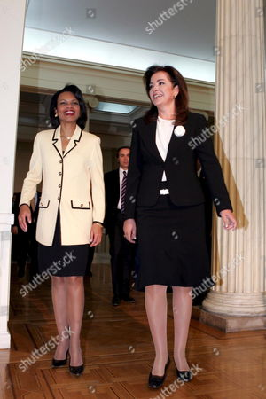 Visiting Us Secretary of State Condoleezza Rice (l) Meets with Greek Foreign Minister Dora Bakoyianni (r) in Athens Tuesday 25 April 2006 Rice is on a Working Visit to Athens on Her Way to Ankara and Sofia where She Will Take Part in a Nato Foreign Ministers Meeting Greece Athens