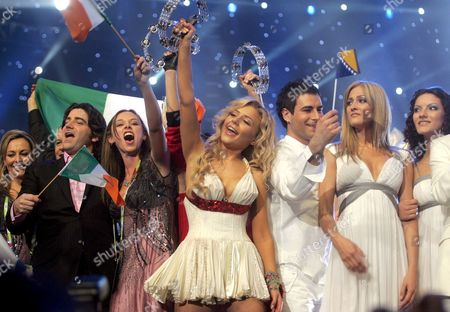 Tina Karol (c) Representing Ukraine Celebrates Shortly After Qualifying with Her Song 'Show Me Your Love' at the Semi Finals of the 51st Eurovision Song Contest Hosted at Oaka's Olympic Indoor Hall in Athens Thursday 18 May 2006 Only 10 of the 23 Contestants in the Semi Finals Will Qualify For the Eurovision Final on 20 May Greece Athens