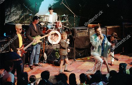 'The Tube' - The Smiths - Andy Rourke, Craig Gannon, Mike Joyce, Morrissey and Johnny Marr