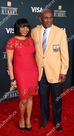 NFL Hall of Famer Harry Carson on the Red Carpet prior to the start of the NFL Honors at the Wortham Theater Center in Houston, TX