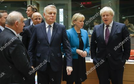 (L-R) Danish Foreign Minister Anders Samuelson, Malta's Foreign Minister George Vella, Dutch Foreign Minister Bert Koender, Portuguese Foreign Affairs Minister Augusto Santos Silva, French Minister for Foreign Affairs Jean-Marc Ayrault, Swedish Foreign minister Margot Wallstrom and British Foreign Secretary Boris Johnson, mingling at the start of the European Foreign Affairs Council, in Brussels, Belgium, 06 February 2017.
